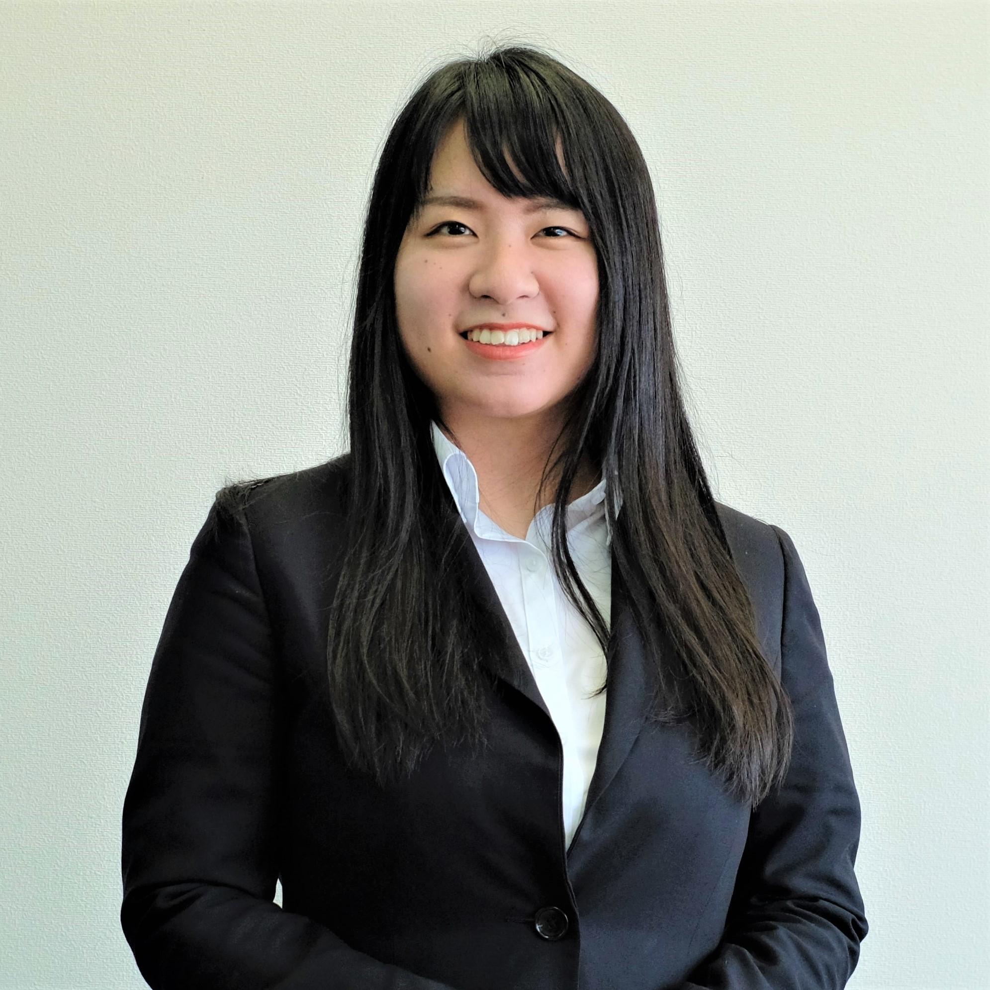 顧客サービス部(iSTAFF24):上野 美紗子